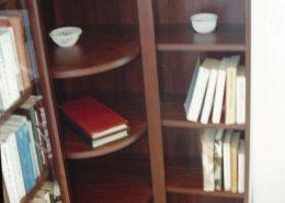 Mahagóni-szekrénytest